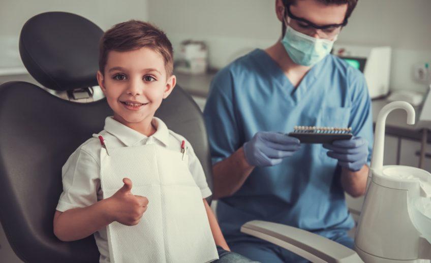 Лікування карієсу молочних зубів