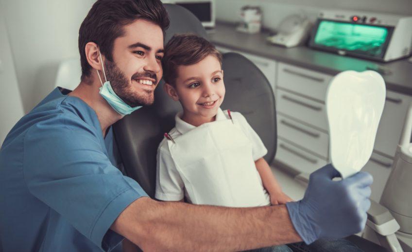 фторування зубів
